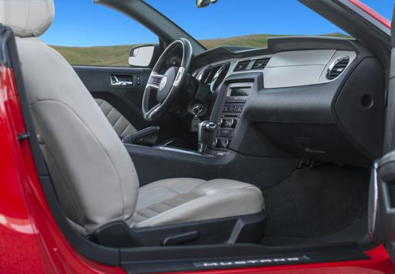 Ford Mustang Cabrio Automatic-Foto 2